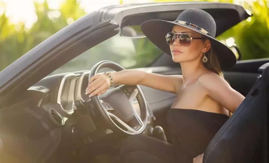 汽车玻璃窗膜的作用有哪些?